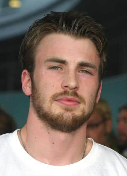 Light Beard by 7 Chris Beards To Copy Beardstyle