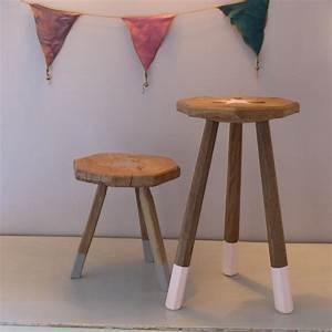 Tabouret De Bar Chez Casa : paire de petits tabourets tripodes en bois customis s victor et jeanne lignedebrocante ~ Teatrodelosmanantiales.com Idées de Décoration