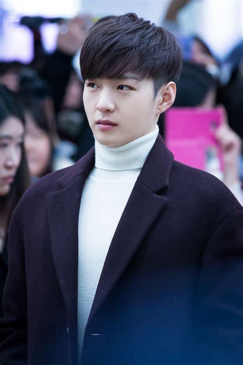 Korean Hairstyle Boy by Korean Boy Hairstyles Fade Haircut