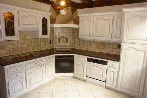 restaurer sa cuisine renover cuisine rustique digpres