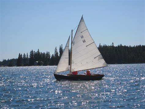 Sailing Boat Sails by Small Sailboat Sails Pictures To Pin On Pinterest Pinsdaddy
