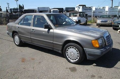 purchase used 1986 mercedes 300e low sedan automatic 6 cylinder no reserve in orange