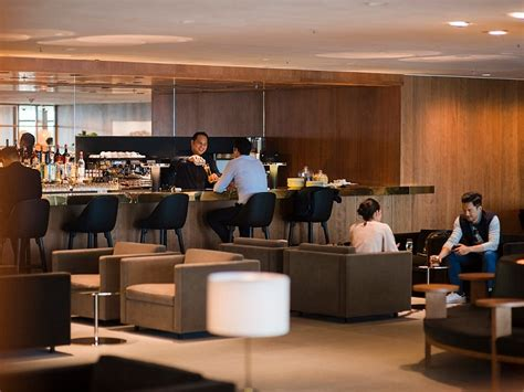 Pier Lounge by Cathay Pacific The Pier Business Class Hong Hong Lounge