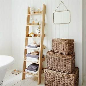 Echelle bois deco 50 idees creatives pour votre interieur for Salle de bain design avec échelle décorative bois ikea