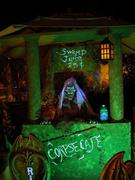 302 Best Images About Haunted House Diy And Ideas On Pinterest
