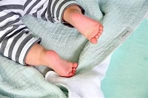 Abstand Wärmelampe Wickeltisch : babys erstausstattung tipps f r eltern eltern familie baby kind und meer ~ Watch28wear.com Haus und Dekorationen