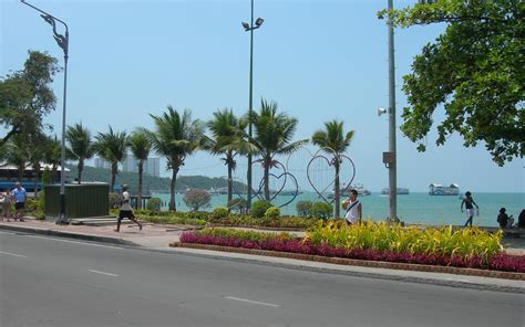 Beach Road In Pattaya  Attraction In Pattaya, Thailand