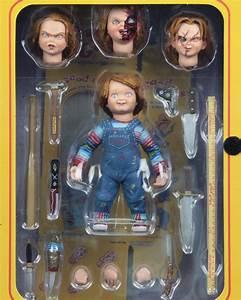 Chucky – 7″ Scale Action Figure – Ultimate Chucky