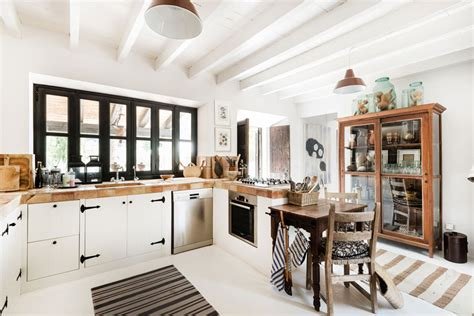 French Country Kitchens Modern Country Interiors Design With Simplicity And Functionality