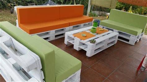 plan canapé en palette diy pallet patio furniture 99 pallets