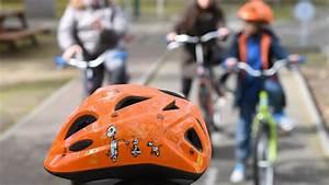 Adac Einverständniserklärung Für Ein Ohne Eltern Reisendes Kind : fahrradhelme f r kinder adac testet 19 modelle ~ Themetempest.com Abrechnung