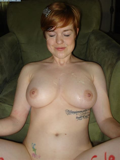 busty milf reife frau nackt selfie