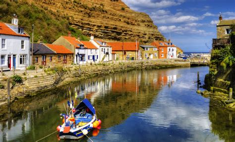 Yorkshire Coast, Northern England - Whitby, Scarborough ...