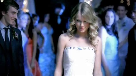 Taylor Swift - You Belong With Me - Helium - YouTube