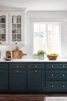 the kitchen designer because the design of the drawers a beautiful design 2719