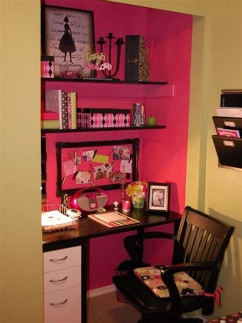 cool and stylish pink office with closet ideas