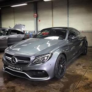 Mercedes C63s Amg : mercedes amg c63s coupe in selenite grey pics mbworld ~ Melissatoandfro.com Idées de Décoration