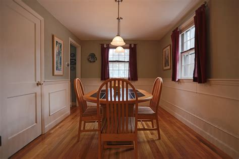 Wainscoting Height Dining Room Christmas Tree Cupcakes Recipes Decorative Trees Wallpaper Shop Patriot Place Pre Lit Small Australia Tacky Police