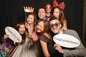 Top Themes For Your Wedding Photo Booth In Singapore