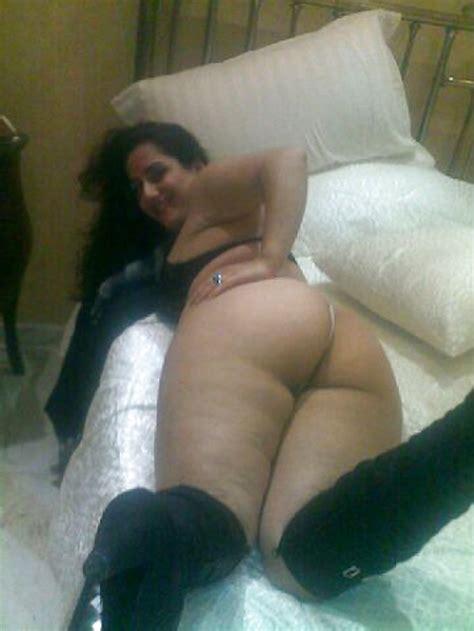 Sexy Arab Milfs 2 20 Pics