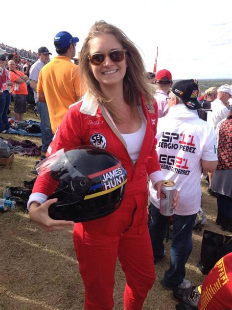 This Girl Went In James Hunt Cosplay To The Us Grand Prix