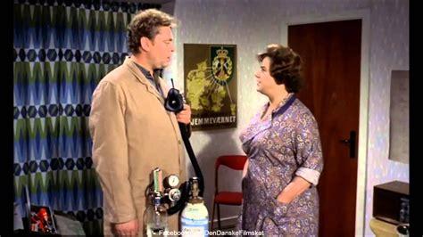 Det støver stadig (1962) - Lattergas - YouTube