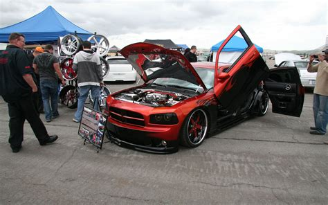 Sixth Annual Mopar Lx Roundup Attracts Dodge Charger