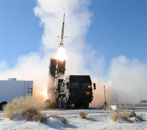 Meads Launch Wsmr 2734-1.jpg