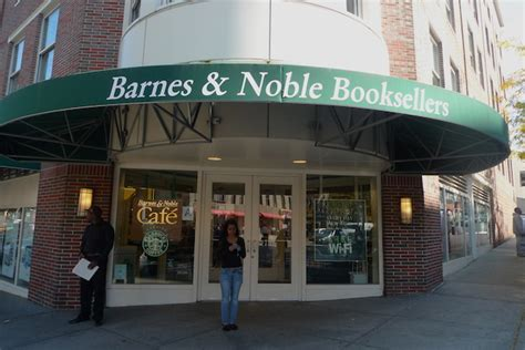 New York Barnes And Noble by Arrested For Allegedly Stealing 1 000 In Books From