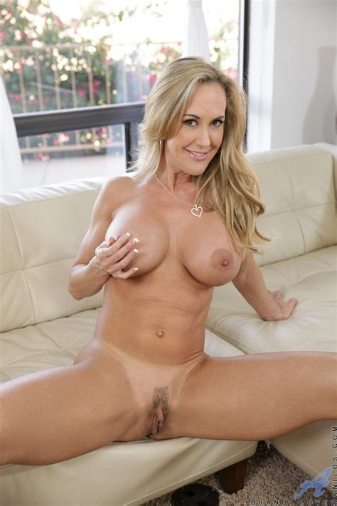 Busty Blonde Milf Brandi Love Treats Her Pussy To An Orgasm After Stripping Butt Naked