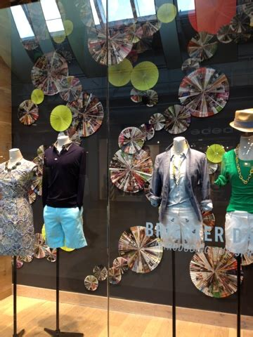 simple kind  life retail inspiration window