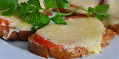 Karstas sviestmaizes cepeškrāsnī: kā pagatavot, foto