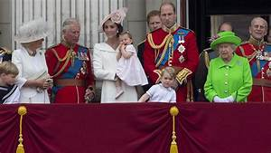 Actualité Famille Royale : elizabeth ii f te ses 90 ans entour e de la famille royale au grand complet ~ Medecine-chirurgie-esthetiques.com Avis de Voitures