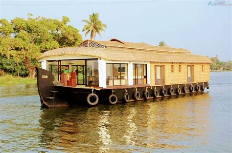 Floating Boat House In Kerala by 2 Bedroom Premium House Boat Alleppey Houseboat Club