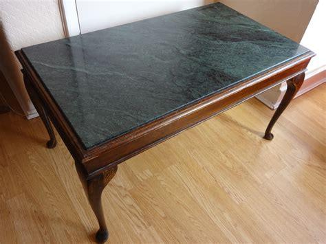 Viktorianische Tische & Beistelltische