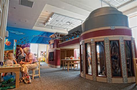 preschoolers kalamazoo valley museum 602   childrenslandscape2
