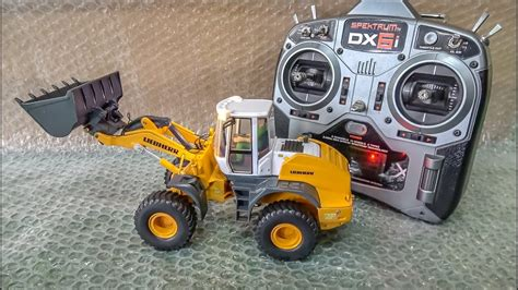 rc wheel loader liebherr  unboxed  dirty    time youtube