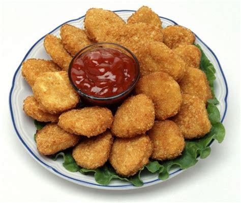 Перевод слова nugget, американское и британское произношение, транскрипция, словосочетания, примеры использования. How Chicken Nuggets Took Over The World | Centives
