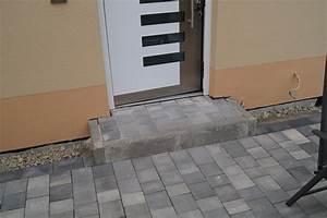 Steine Vor Der Haustür : pflaster alle steine liegen birnbaumer weg ~ A.2002-acura-tl-radio.info Haus und Dekorationen