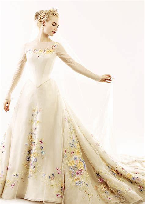 Wedding Dress Cinderella Movie 2015