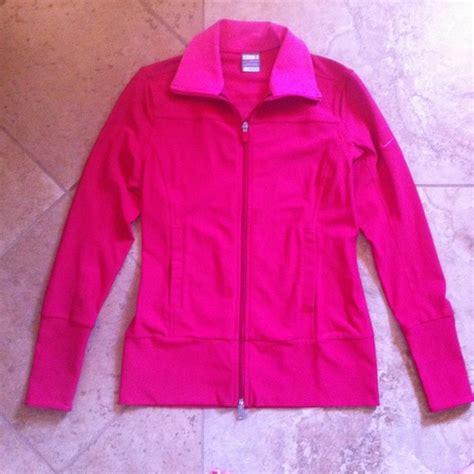 nike light pink windbreaker 38 off nike jackets blazers pink nike running