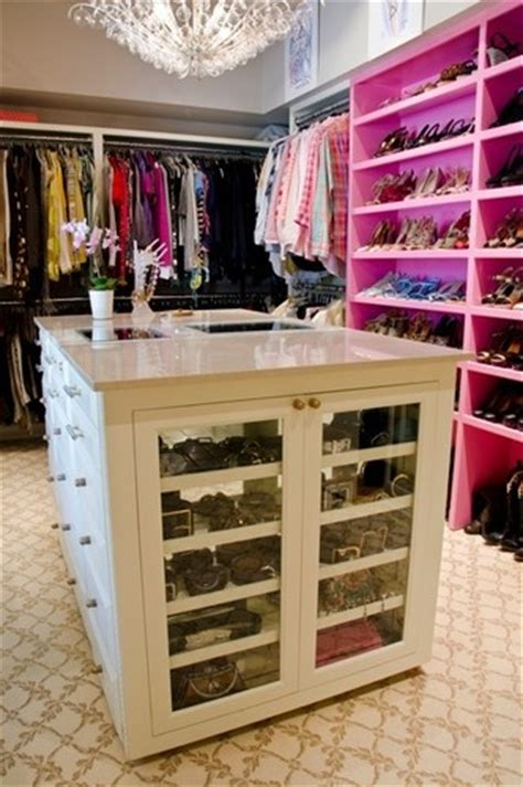 Walk In Closet Accessories by 10 Best Images About Extremeclosets On Walk In
