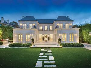 Melbourne's most expensive suburbs and their houses
