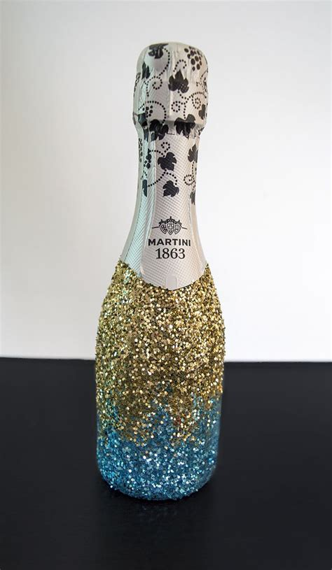 ideas  glitter champagne bottles