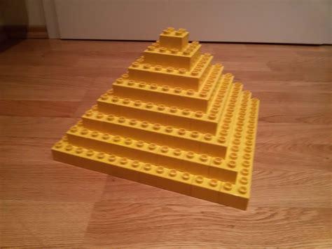 pyramide aus holz selber bauen lego 174 duplo pyramide gizeh selber bauen brickaddict bauideen
