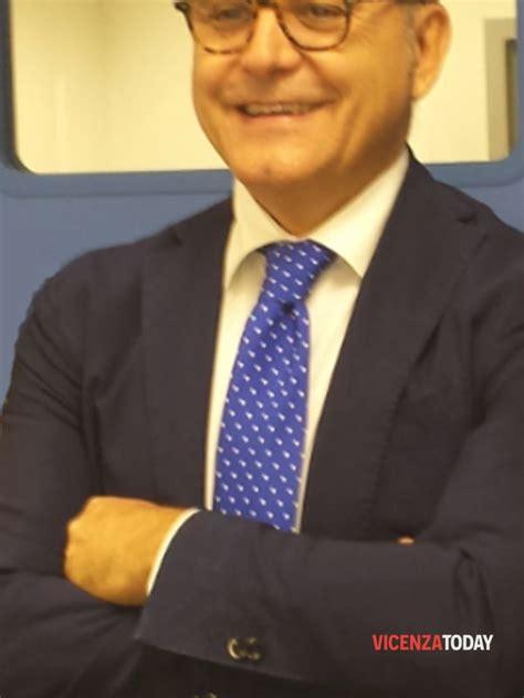 Uffici Postali Vicenza by Nuovo Direttore Della Filiale Di Poste Italiane Di Vicenza