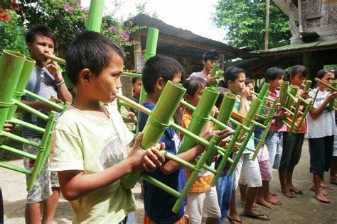 Pengertian dari alat musik tradisional hingga alat musik yang modern lengkap dengan beberapa pilihan. Alat Musik Tradisional Sulawesi Selatan