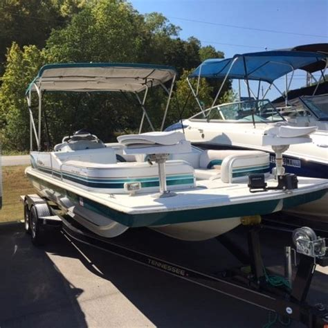 Hurricane 226 Deck Boat by Hurricane Deck Boat Boats For Sale Boats