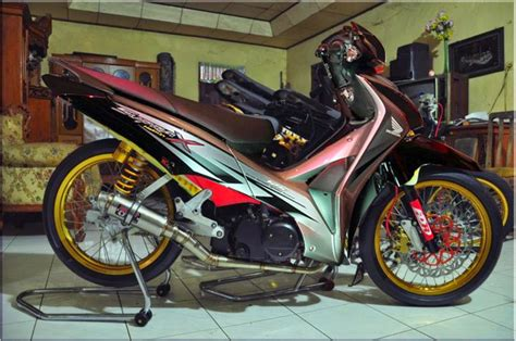 Modifikasi Revo Road Race by Modifikasi Road Race Honda Supra X 125 Thecitycyclist