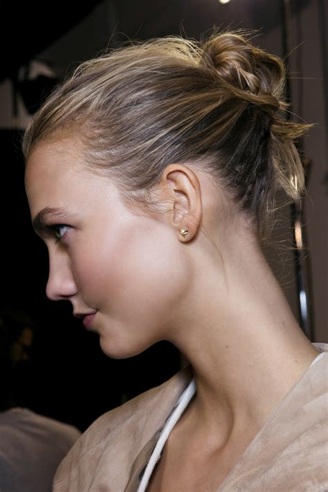 Hairstyles Help You Conceal Those Outgrown Roots